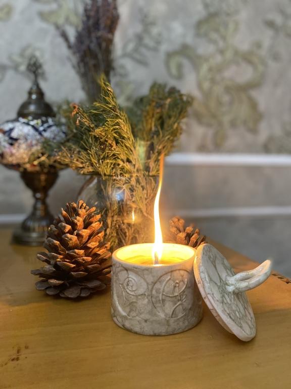 Qobustan candle